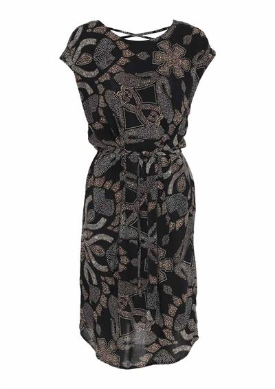 klänning mönstrad